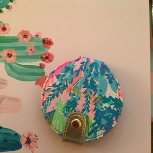 Lily pulitzer make up compact so pretty!